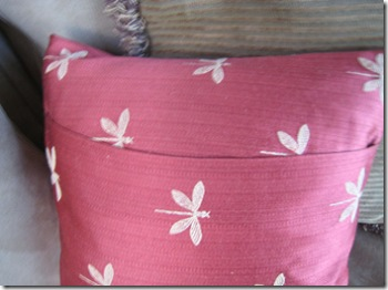 pillow_dragonfly_back_600